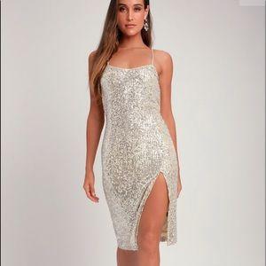 Lulus Sequin Midi Dress. Size M